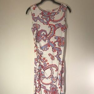 Dress - vivid color and versatile style